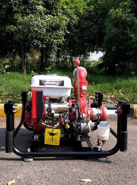2.5寸汽油手抬式機動泵無需灌水